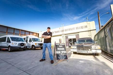 Scott Michaelsin sightseeing-yritys järjestään kiertomatkoja Hollywoodin murhapaikoille. Kysyntää riittää.