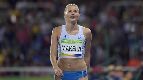 Kristiina Mäkelä loikki olympiafinaalissa.