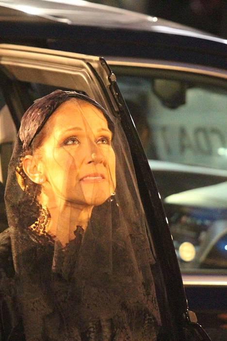 Céline Dion surun murtamana.