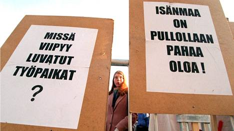 Työttömien mielenosoitus Helsingissä vuonna 1996.