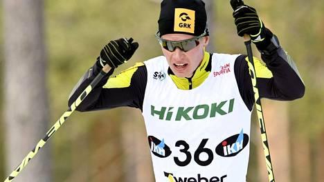 Matti Heikkinen päätti uransa SM-kisojen nelossijaan – lääkäri joutui taluttamaan toipumaan