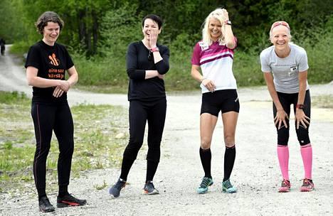 Pummit kadoksissa -joukkueen kokoonpano vasemmalta: Kirsi Hänninen, Saana Vuorinen, Mari Laukkanen ja Kaisa Mäkäräinen.
