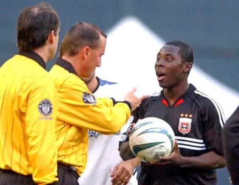 Adu debytoi MLS:ssä 14-vuotiaana.