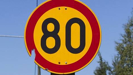 Liikennemerkkejä ollaan merkitsemässä RFID-tägein koko Kroatian kantatieverkostossa.
