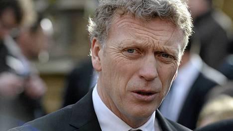 David Moyesin manageroimalla Manchester Unitedilla on käynnissä hankala kausi niin kotimaan kuin Euroopan kentillä.