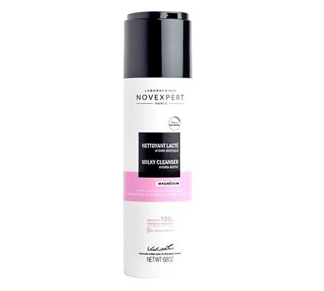 Kuivalle sekä herkälle iholle sopii Novexpert Milky Cleanser Hydrobiotic -puhdistusmaito, jonka probiootit sekä magnesium suojaavat ihoa. 20 €.