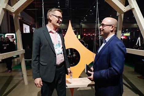 Mikko Isoniemi ja Jari Kukkonen korostavat, että tapahtuma on oivallinen tilaisuus verkostoitua.