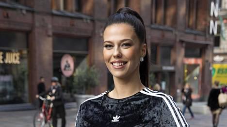 Viivi Altonen on Miss Suomi 2020.