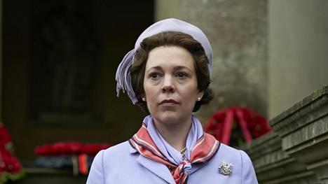 Olivia Colman näyttelee kuningatar Elisabetia The Crownissa.