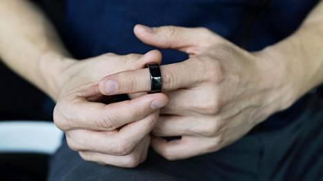 Oura-sormus mittasi vähentyneen unen lisäksi USA:ssa korkeampaa sykettä vaaliyönä.