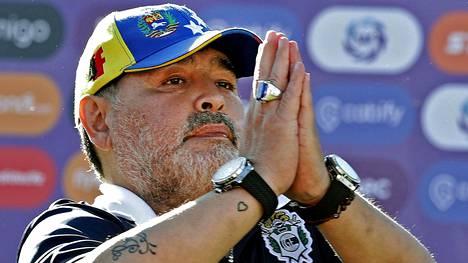Diego Maradona palasi torstaina pestiin, josta hän lähti kaksi päivää aikaisemmin.