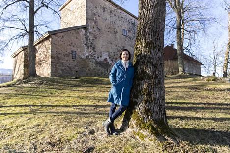 Kuitian kartano eli Qvidja Paraisilla on Suomen vanhin säilynyt kartano. Saara Kankaanrinta kertoo, että arvokas kulttuurihistoriallinen miljöö tuli kuin kaupan kukkuraksi pariskunnan etsiessä tarpeeksi suurta maatilaa.