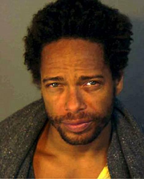 CSI-sarjassa Dourdanin hahmo on kärsinyt peliriippuvuudesta.