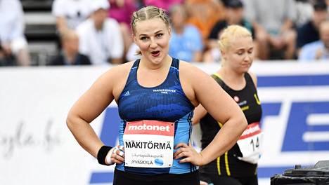 Varpaisjärven Virettä edustava Senja Mäkitörmä voitti lauantaina SM-kultaa kuulantyönnössä.