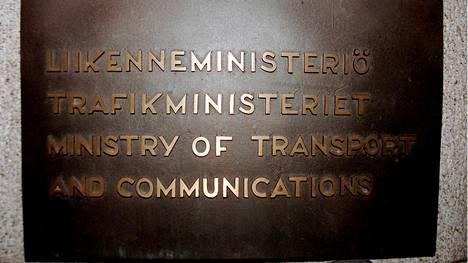 Liikenne- ja viestintäministeriön tarkoituksena on tuoda asiakirjan ehdotukset tuleviin hallitusneuvotteluihin. Kyseessä on normaali näkemysten esille tuonti, jota edellytetään tätä nykyä kaikilta ministeriöiltä.