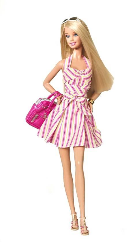 Yli 50-vuotias Barbie on maailmaan kuuluisin nukke.