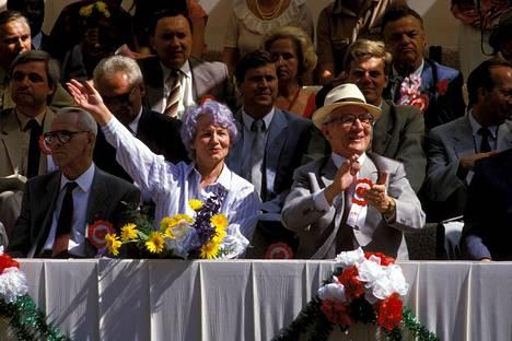 Margot ja Erich Honecker kuvattuna heinäkuussa 1987.