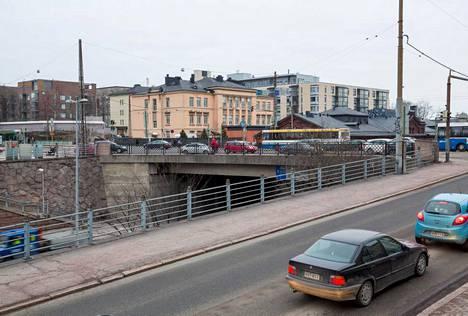 6. Hämeentien silta helmikuussa 2014.