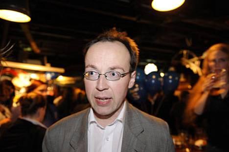 Helsingin uusi kaupunginvaltuutettu Jussi Halla-aho on saanut kohun aikaan ennen kuin uusi valtuusto on istunut kertaakaan.