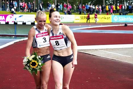 Annimari Korte (vas.) ja Reetta Hurske juoksivat uudet ennätyksensä.