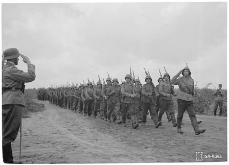 Jalkaväkirykmentti 6 Enson valtauksen jälkeen kesällä 1941.