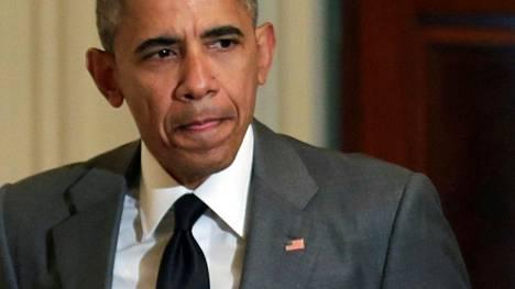 Barack Obama kehottaa tukemaan demokraattisesti valittua hallitusta.