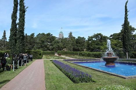 Presidentin kesäasunnon Kultarannan puutarha on yksi Paul ja Svante Olssonin parhaiten säilyneistä puutarhoista.