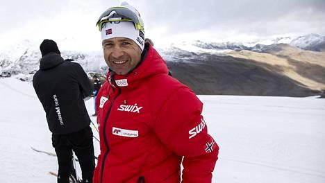 Ole Einar Björndalenin ampumahiihtoura jatkuu. Pesti KOK:ssa saa kuitenkin jäädä.