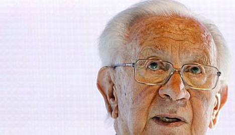 KOK:n kunniapuheenjohtaja Juan Antonio Samaranch pyörtyi keskiviikkona.