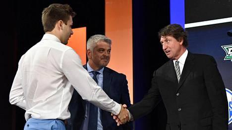Jussi Tapolan seura palkkasi Wayne Gretzkyn