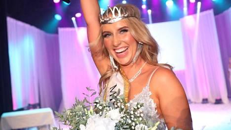 Oona Komi on uusi Miss Helsinki.