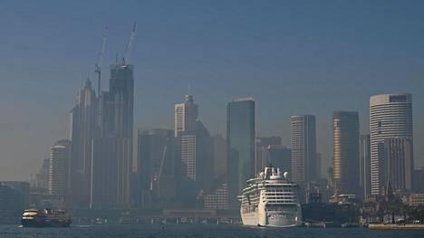 Maastopaloista leviävä savusumu heikensi Sydneyn ilmanlaatua.