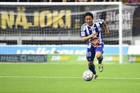 HJK:n Atomu Tanaka on viimeistellyt nyt neljä liigamaalia SJK:ta vastaan.