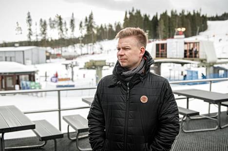 Lauri Suutarisen Huippupaikat avasi viime vuonna uudistuneen lumimaailmahallin Vuokattiin.