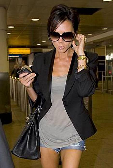 Victoria Beckham tuomaroi laulajakokelaita American Idolin tulevalla kaudella.