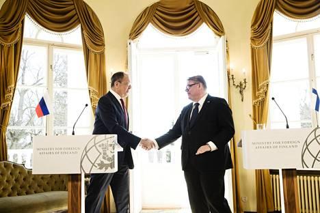 Toukokuussa 2017 ulkoministeri Sergei Lavrov tapasi suomalaisen kollegansa Timo Soinin Haikon kartanossa.
