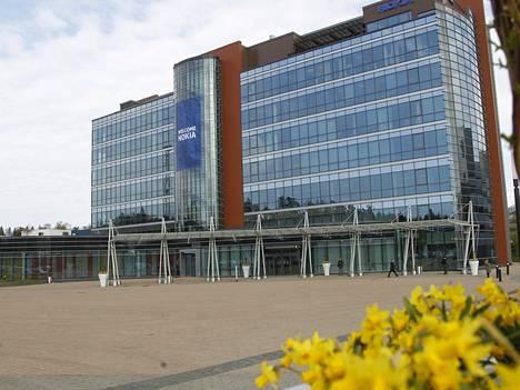 Nokian pääkonttorissa odotellaan tietoa siitä, paljonko Samsungin pitää maksaa lisää voimassa olevasta patenttilisenssisopimuksesta.
