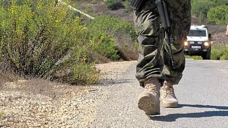 Suomalaiset rauhanturvaajat partioivat Libanonissa.
