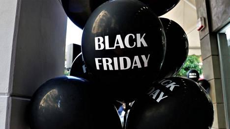 Maailmalla jo vuosia jyllännyt ostospäivä Black Friday on rantautunut myös Suomeen.