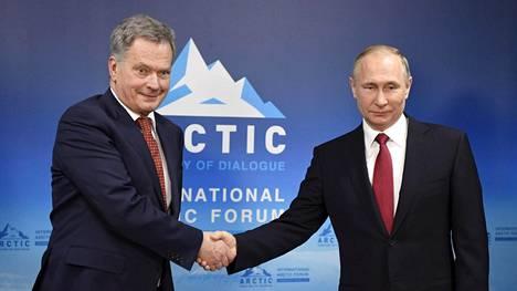 Sauli Niinistö ja Vladimir Putin tapasivat Venäjän Arkangelissa 30. maaliskuuta 2017.