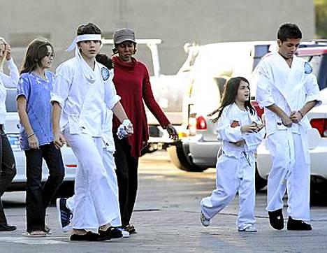 Michael Jacksonin lapset ovat eläneet isoäitinsä huostassa isänsä kuoltua.