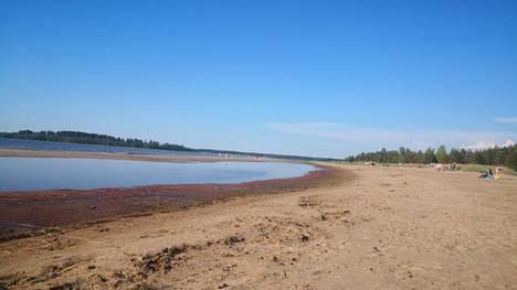 Uusikaarlepyyssä sijaitsee ranta, jossa saa nauttia kesästä rauhassa.