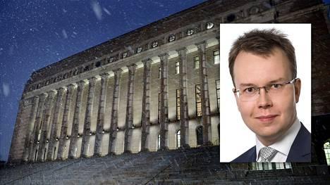 Juominen karkasi käsistä Tuomas Tähdellä eduskunnassa.
