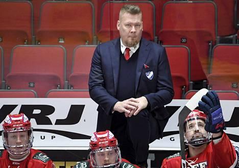 Pudotuspeleissä ratkaisijat nousevat aika usein taustalta, tietää HIFK:n luotsi Jarno Pikkarainen.