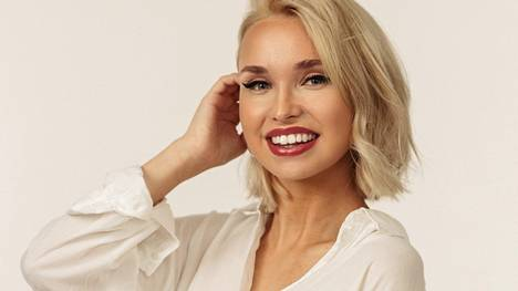 Teologiaa opiskeleva Mira Holappa on yksi Miss Helsinki -kilpailun finalisteista.