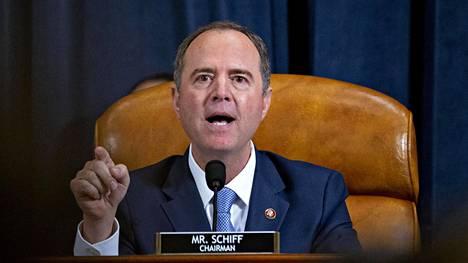 Demokraattien Adam Schiff johtaa Donald Trumpin virkarikostutkintaa.