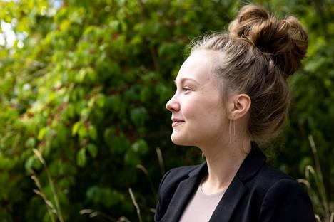 Jenna Salminen on ollut lapsuudesta saakka kiinnostunut sääilmiöstä ja luonnosta.