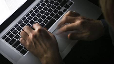 Tietoja ei koskaan tulisi säilyttää pelkästään yhdellä tietokoneella.
