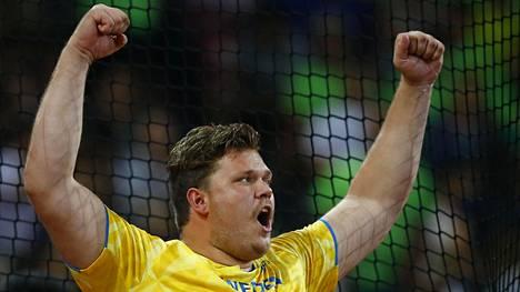 Daniel Ståhl kuvassa viime vuoden MM-kisoissa Pekingissä.