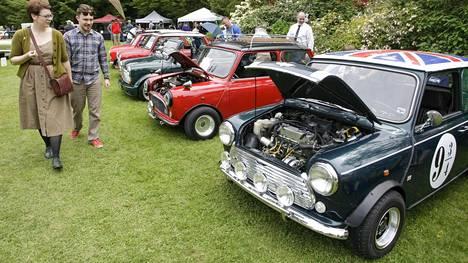 Vierailijat ihastelivat menneiden vuosien brittiautojen loistoa